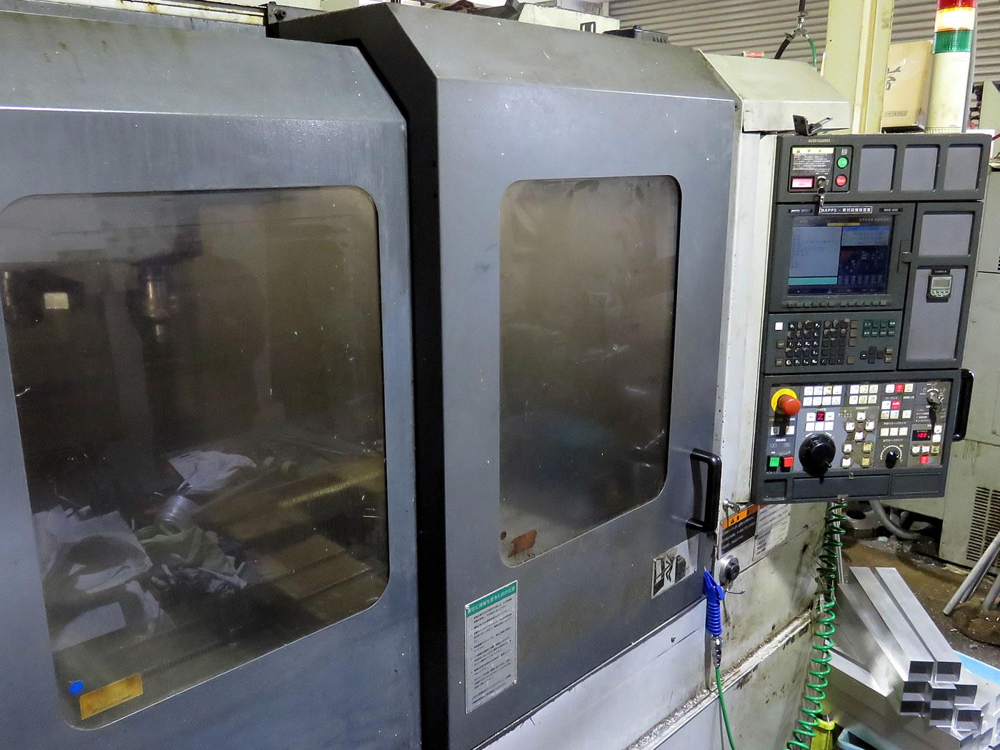 立体マシニングセンターNV-5000
